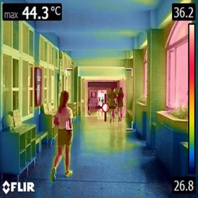 校園走廊溫度檢測